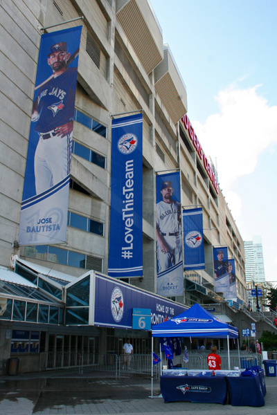 Toronto_RogerStadion_233 by StefsPictures