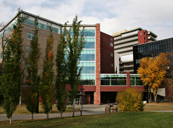 Edmonton UofA campus 09 ECE my department 049 by StefsPictures