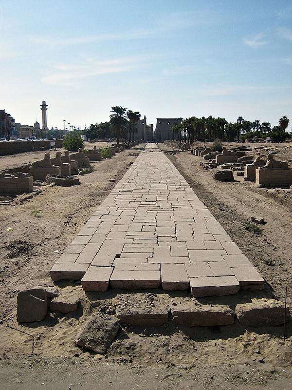 030 Luxor Temple