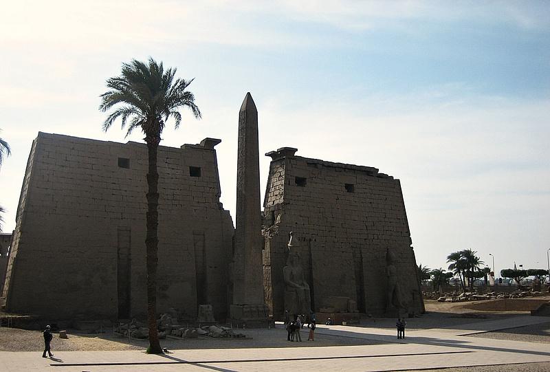 068 Luxor Temple