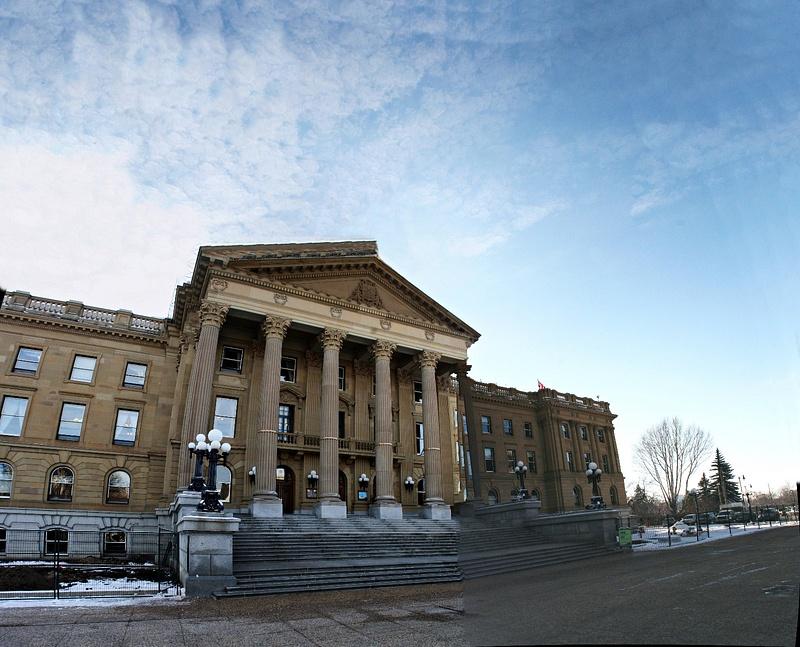 Edmonton  Legislative Building 02