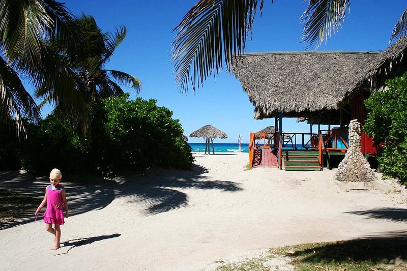 Cuba 153 Mein täglicher Weg zum Strand