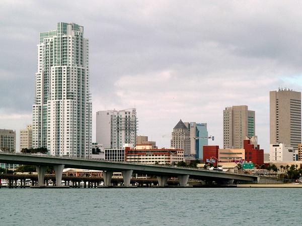 Cityscapes,Miami by Veritas