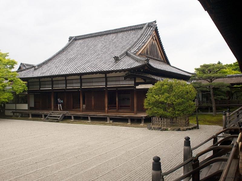 JP2010-11