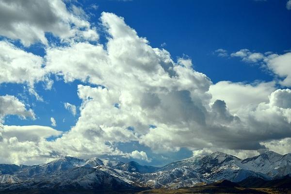 Outside SLC, Utah by cironera