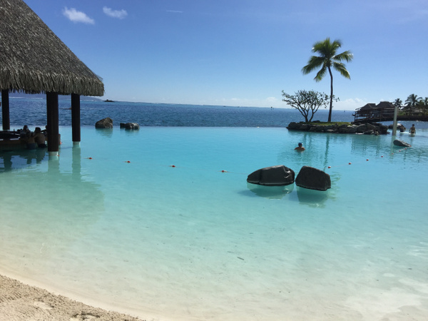Intercontinental Tahiti by Lovethesun