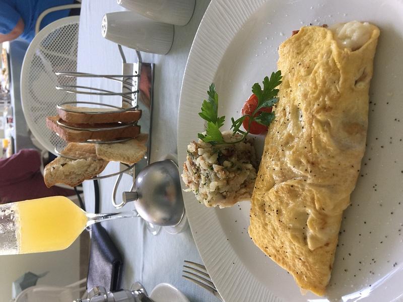 Bistro Breakfast