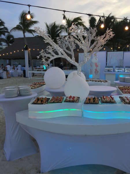 White night sweet treats by Lovethesun