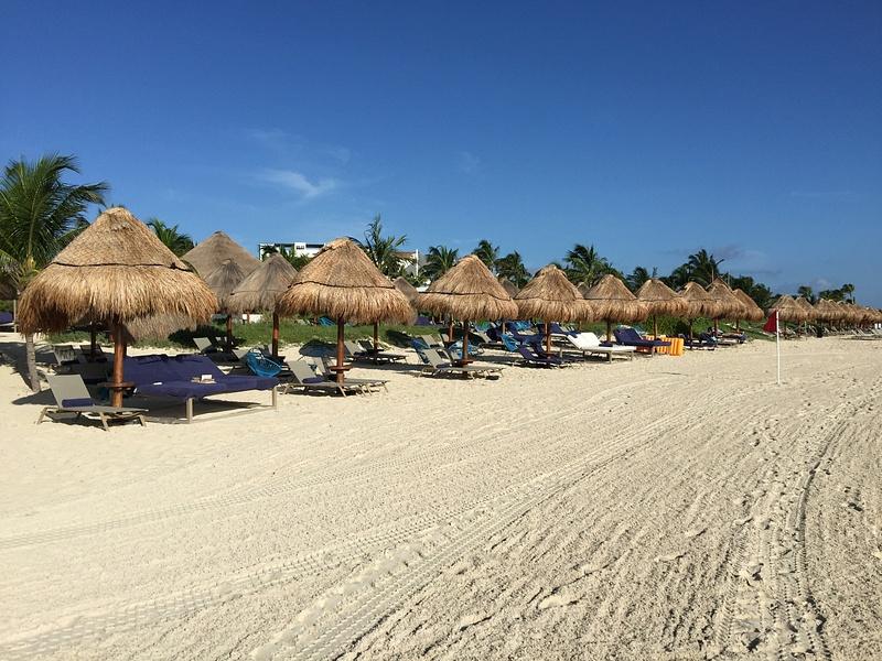 Excellence Club Beach area