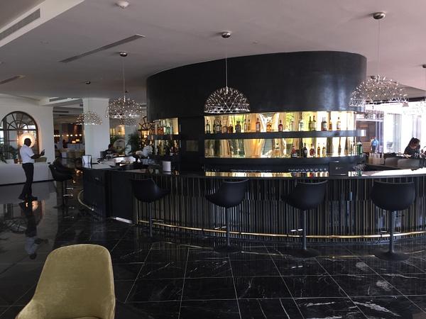 Martini Bar by Lovethesun
