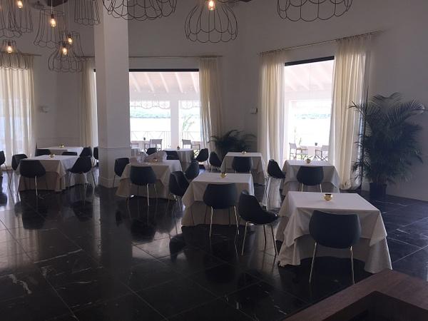 Magna Restaurant by Lovethesun