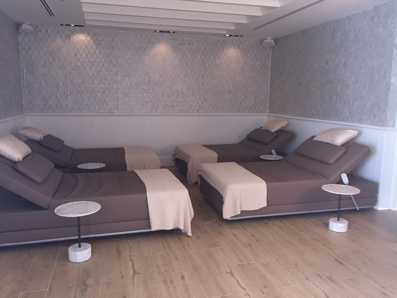 Relaxation beds