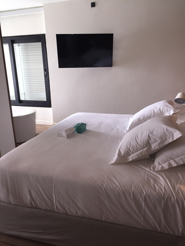 Beach House King Bed