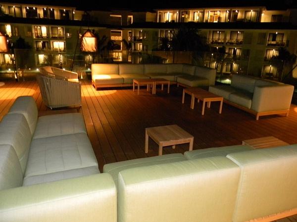X Lounge at night by Lovethesun