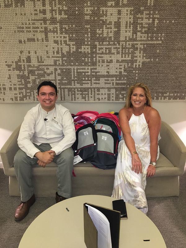 Victor Manuel Mena Gutierrez and toy donation #sharethelove
