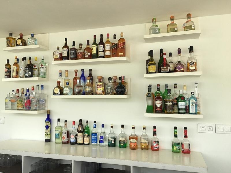 EC Club Seaside Bar