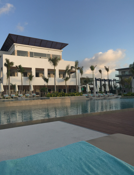 Main pool with main building by Lovethesun
