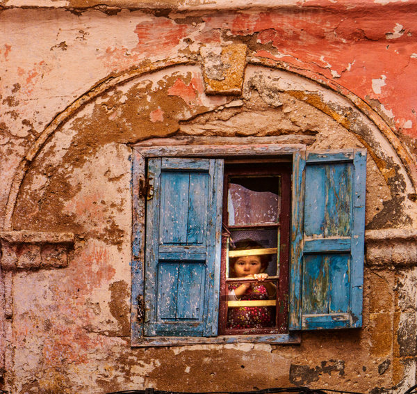 Girl in window, Safi, Morocco - Joe Hearst, FPSA, PPSA - 2016 Showcase Competition - The Yerba Buena Chapter of the PSA