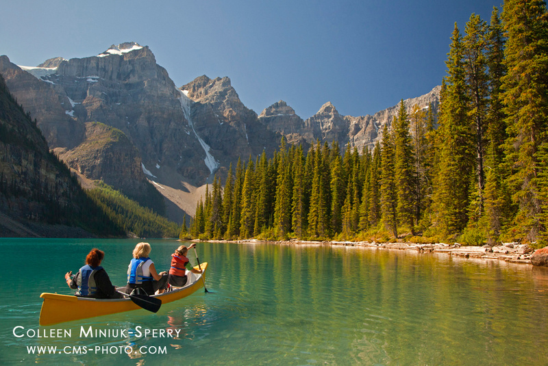 Peaceful Paddle on Moraine Lake