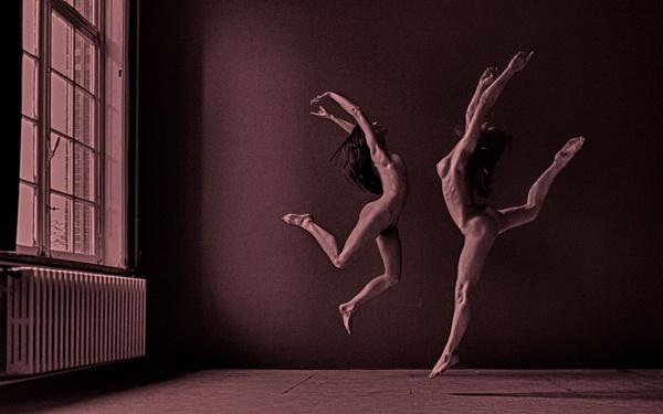 Nude Figures by Rick Hulbert
