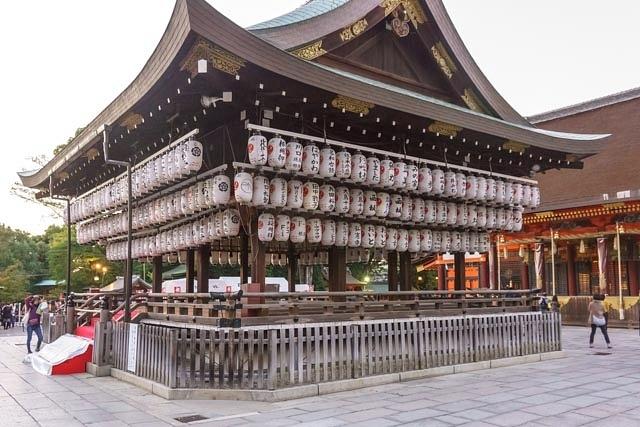 20131101G-KyotoYasaka-jinjaShrine-24