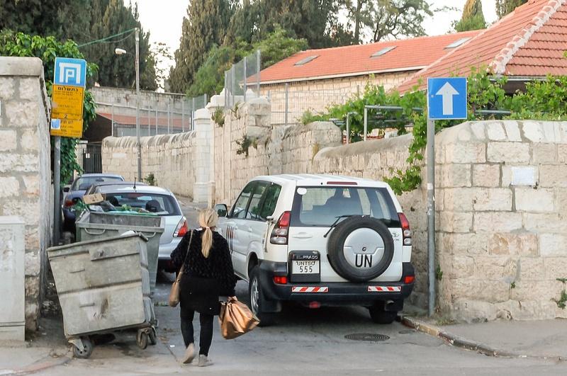 20130424F-JerusalemStreetScenes-1