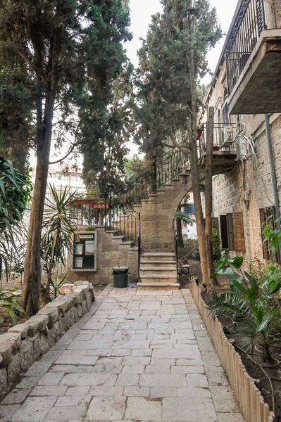 20130424F-JerusalemStreetScenes-5 by RicThompson