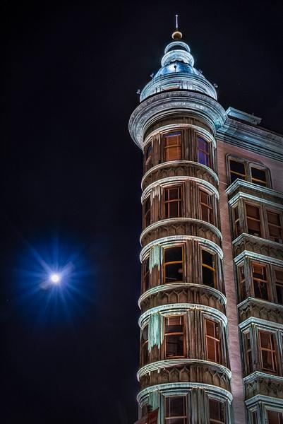 17.Zoetrope Moon by Harvey Abernathey