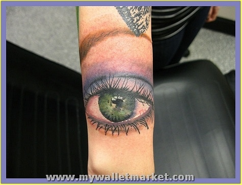 showing-3d-eye-tattoo-on-arm by catherinebrightman