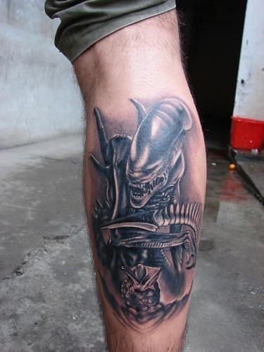 tattoos-girly-alien-tattoo-3d