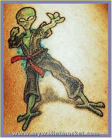 best-aliens-tattoos-28 by catherinebrightman