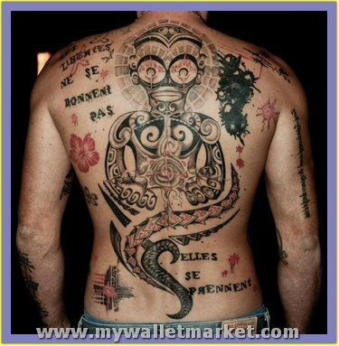 back-body-alien-tattoo-for-men by catherinebrightman