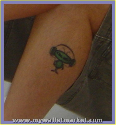 best-aliens-tattoos-106 by catherinebrightman