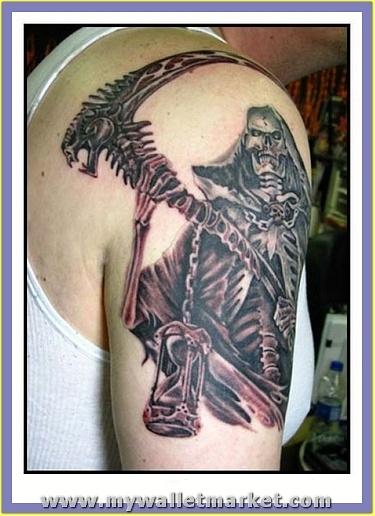 wonderful-alien-tattoo-on-bicep
