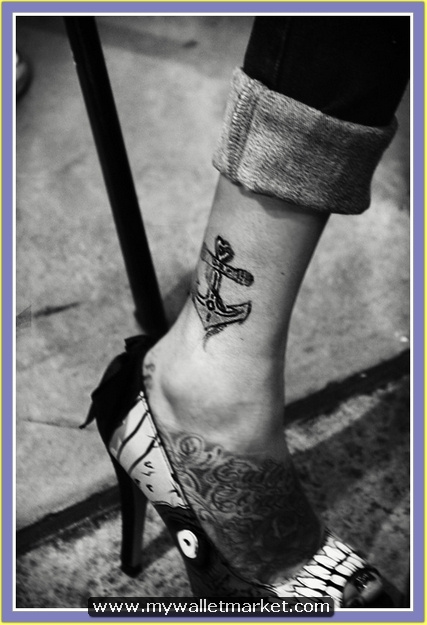 anchor-tattoo-meaning-and-designs-171