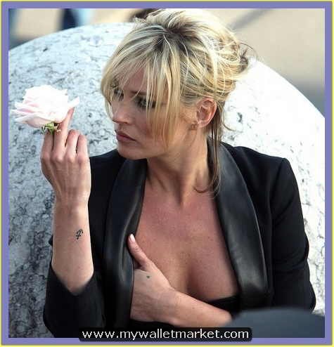 kate-moss-anchor-tattoo