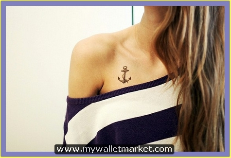tiny-anchor-tattoo-on-chest
