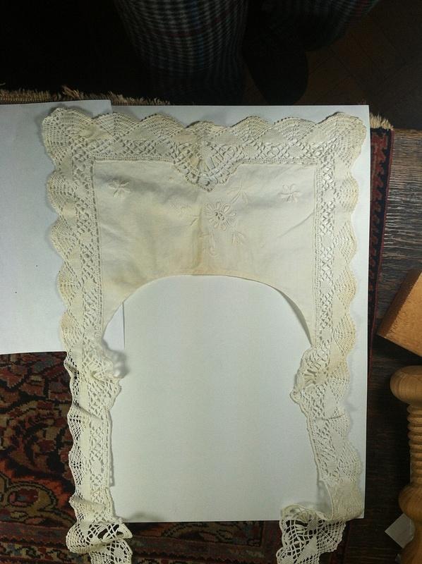 Cotton-BobbinLaceCollar2-Vw2