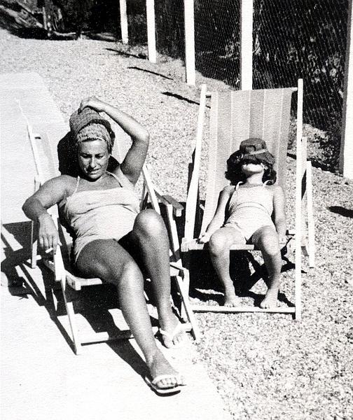 Ethel y Roberto by Carlos Fossati