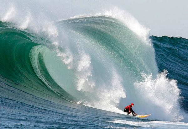 Mavericks Giants Waves by FLarson